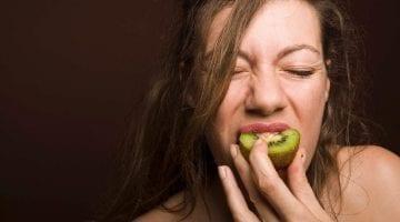 Eat Kiwi Fruit Before Bed To Improve Sleep