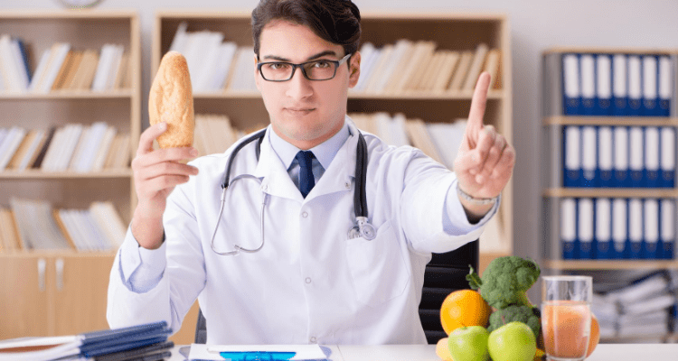 Doctor identifying foods that are gluten free and ideal to heal a leaky gut