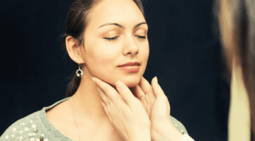 8 Foods To Avoid If You Have Thyroid Problems Featured Image